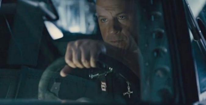 15 Величайших фильмов с автомобильными погонями