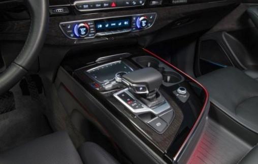 Автомобили с наиболее удобными местами для хранения гаджетов