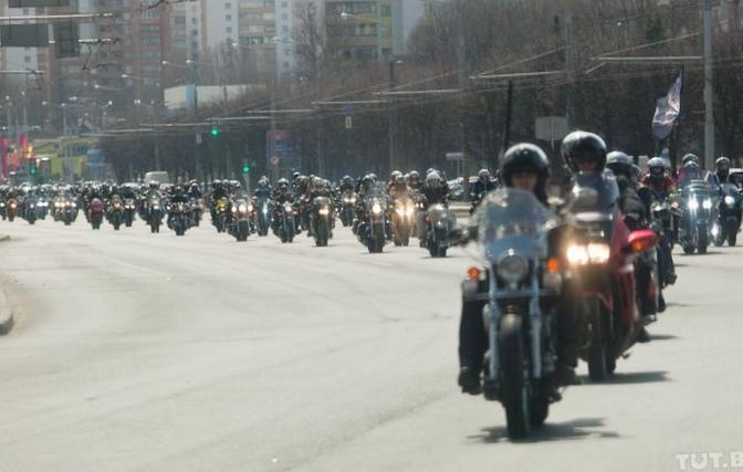 """Автонеделя тут: байкеры, дороги и пешеходы-""""камикадзе"""""""