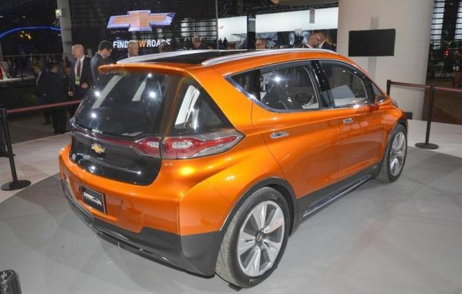 Chevrolet представила электромобиль...