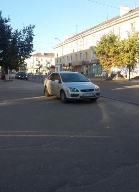 """Доска позора"": паркуемся на тротуаре..."