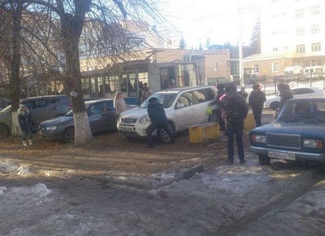 """""""Доска позора"""": в глазах водителей пешеходы - не люди"""