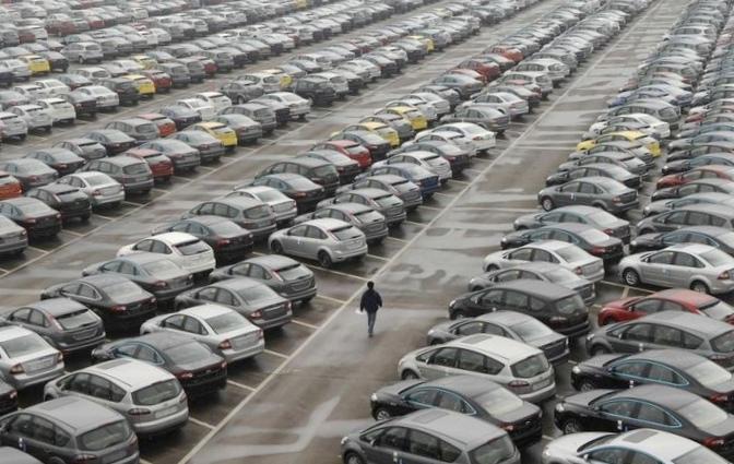 Итоги 2012 года: белорусы предпочитают российские автомобили