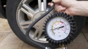 Как часто нужно измерять давление в шинах