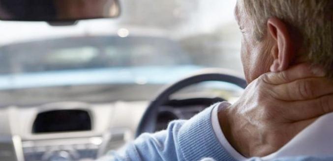 Как избежать боли в позвоночнике при поездке на автомобиле?