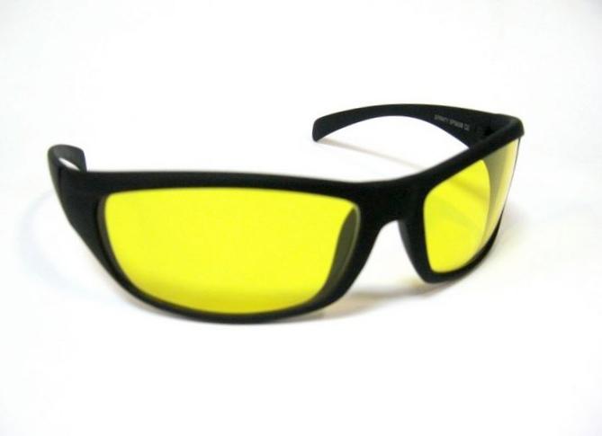 Как правильно подобрать очки для водителя?