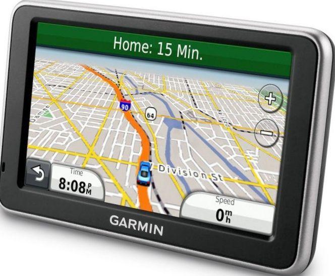Как правильно выбрать портативный навигатор для машины