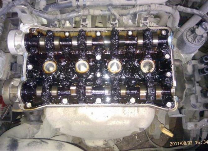 Как слить лишнее масло из двигателя...