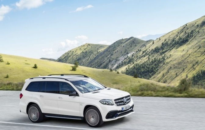 Mercedes gls с новыми фарами и обновленным кузовом