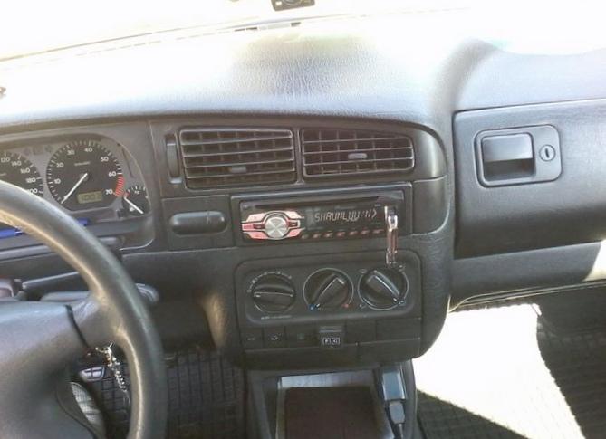 Отзыв об автомобиле volkswagen vento 1996 года выпуска