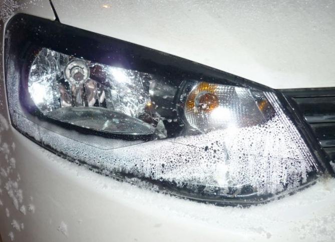 Почему потеют автомобильные фары