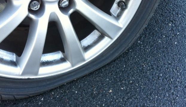Пробили колесо? как долго можно ездить на запасном колесе?