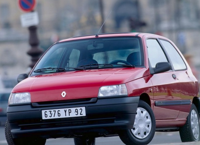 Renault rapid 1997 года