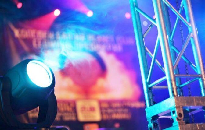 Уникальное световое шоу creative technologie