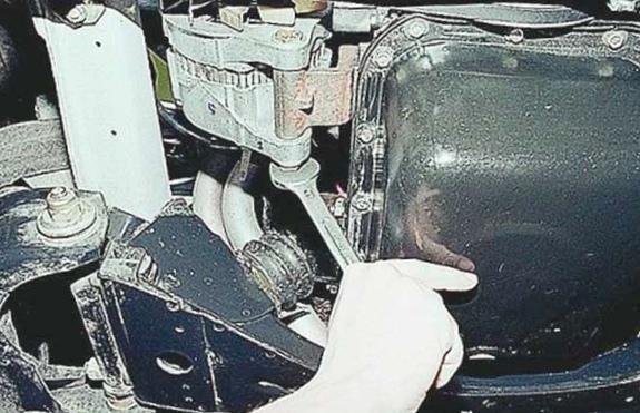 Замена ремня генератора своими руками
