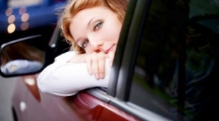 Защита автомобиля от мелких осколов и царапин