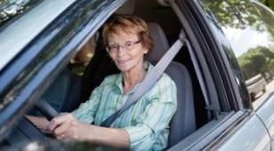 Женщина готова была биться насмерть за свое авто